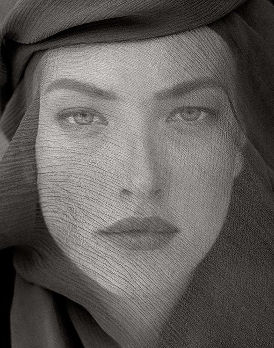 Tatjana Veiled Head, Joshua Tree 1988